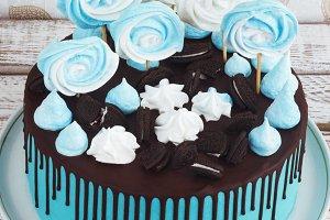 Children's blue cake rainbow color