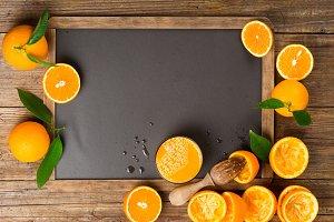 Orange juice with squeezed oranges.