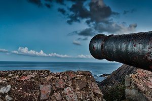Cannon aiming to the horizon