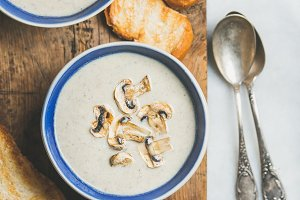 Close-up of creamy mushroom soup