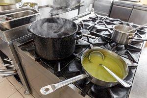 Fresh green pea cream soup
