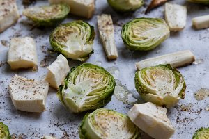 brussels sprouts on baking paper