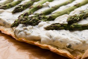 asparagus cheese pie