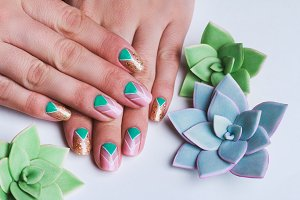 Nail art with succulents