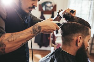 Man getting trendy haircut