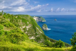 Coastline, Thousand Island, near Manta Bay or Kelingking Beach on Nusa Penida Island, Bali, Indonesia