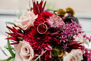 Wedding rings wedding bouquet