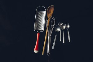 Kitchen cooking utensils