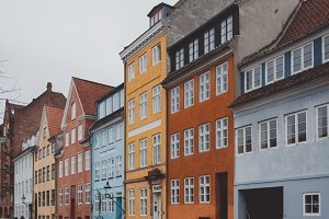 Colorful Houses #01