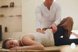 Thailand traditional therapy for the spine - shocking strong massage