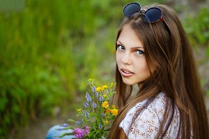 Teen Girl boho with wildflowers