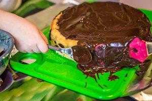 cheesecake with liquid chocolate