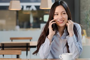 Attractive woman listen to the phone