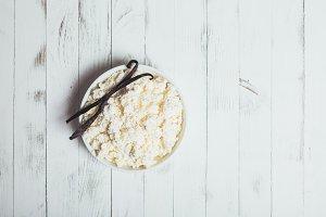 Vanilla cottage cheese
