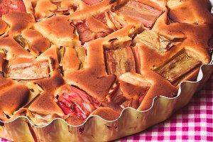 Tart with rhubarb