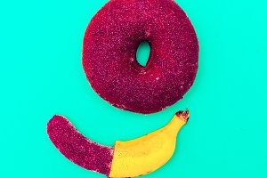 donuts and banana Minimal