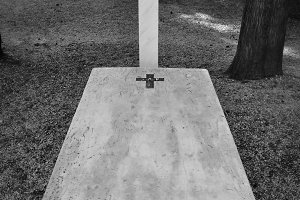Cross Marble Grave Tombstone