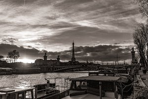 Parisian Sunset in black and white
