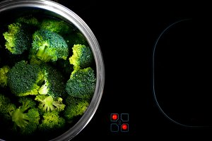 Cooking broccoli on ceramic hob