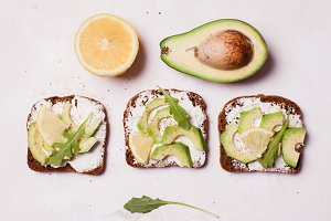 Cream cheese and avocado sandwiche