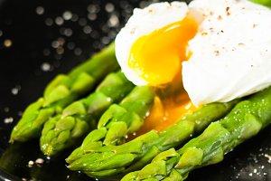Green boiled Asparagus