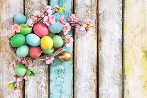 Easter eggs with flower decoration