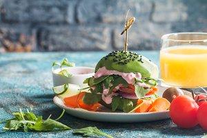avocado vegan burger