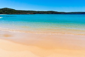 Beautiful tropical beach with turquoise waters and sand shore. Target Beach, Beecroft Peninsula, Australia