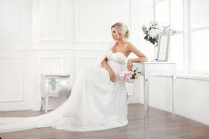 Gourgeous bride studio interior photo