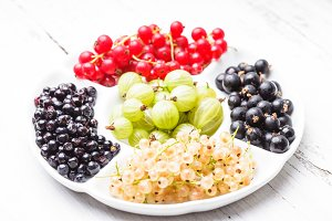 Currants and gooseberry