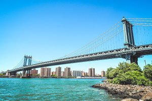 View on Manhattan bridge, NY
