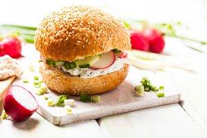Spring sandwich