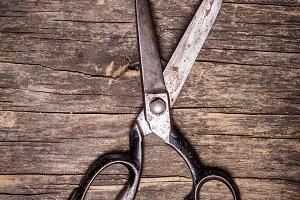 Retro scissors