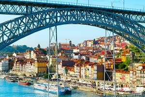 Dom Luis II bridge. Porto