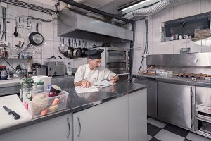 chef ordering, commercial kitchen