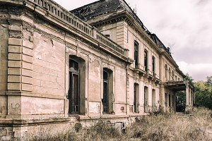 Ruined palace II