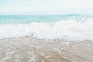 Beach Waves / Stock Photo