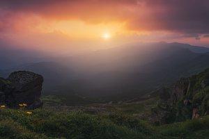 Sunset over Chernogorskiy ridge TIF