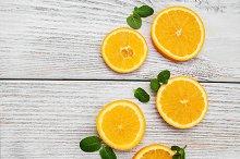 Slices of fresh oranges