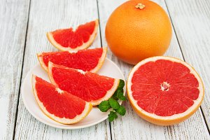 Sliced ripe grapefruits