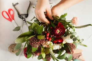 Floral bouquet preparation
