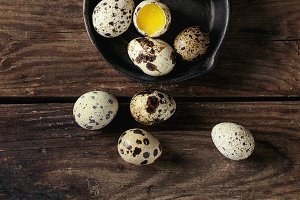 Whole and broken quail eggs