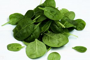 Raw Spinach Leafs