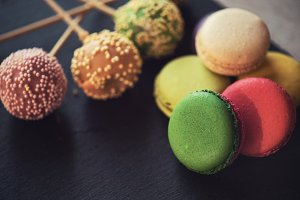 French colorful macarons