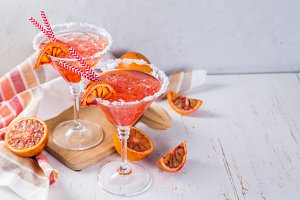 Cocktails with blood orange