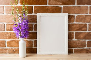 White frame mockup with