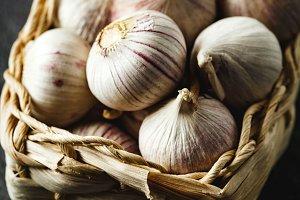 Garlic gloves in a basket