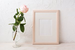 Wooden frame mockup with rose