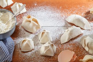 Cooking different types of dumplings