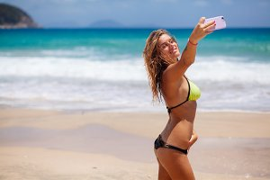 sexy girl making selfie photo